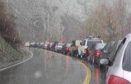 جادههای مازندرانی بارانی، لغزنده و مه آلود / رانندگان با احتیاط برانند