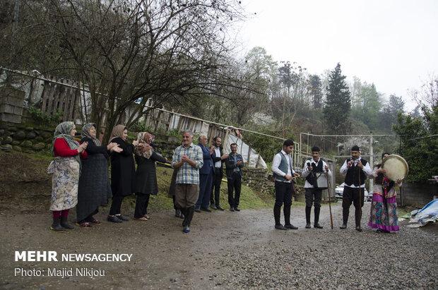جشنواره «هویت بخشی به فرهنگ بومی» در قائمشهر برگزار شد