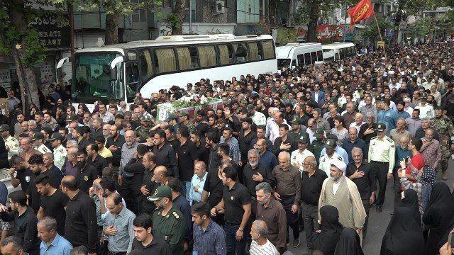 پیکر شهید مدافع وطن در ساری تشییع شد