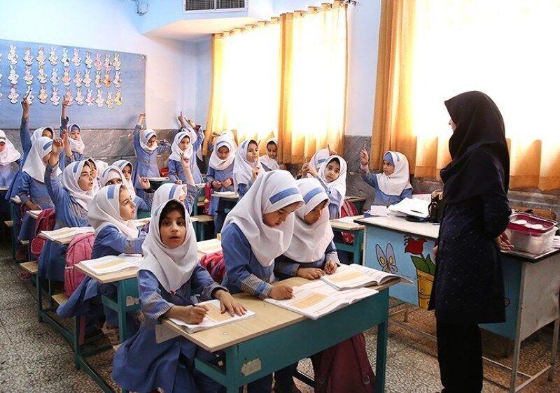 ۱۵۰ معلم به جمع معلمان مازندران اضافه شد