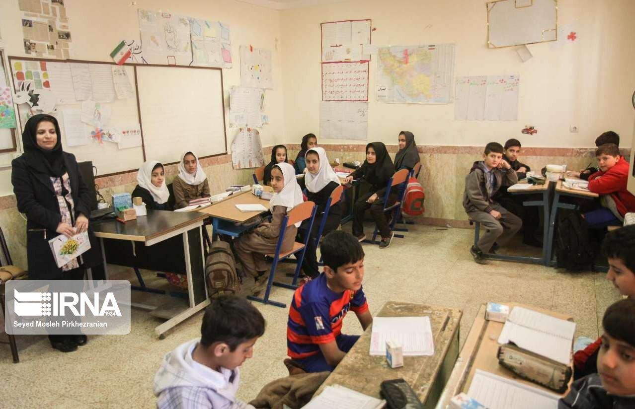سهم-۸۶-درصدی-زنان-مازندران-در-کسب-رتبههای-برتر-معلم.jpg