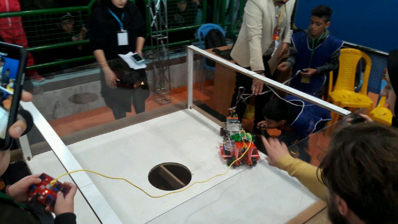 برترینهای مسابقات رباتیک کشور در تنکابن معرفی شدند