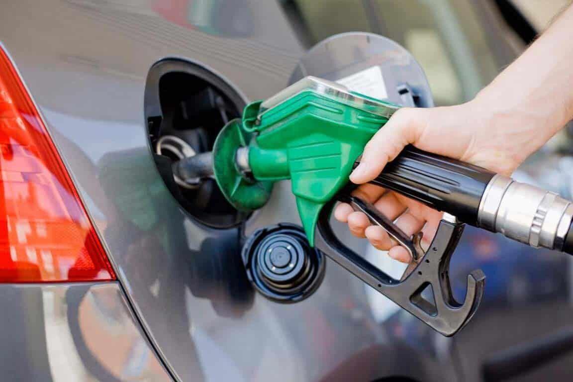 ۷۰-درصد-بنزین-مصرفی-با-نرخ-دولتی-تامین-میشود.jpg