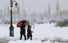برف مدارس کلاردشت را برای روز یکشنبه تعطیل کرد