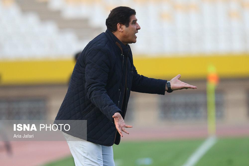 مهاجری: باشگاه به من اولتیماتوم نداده است/ عباسزاده هم دست داد و هم تیمش را تشویق کرد