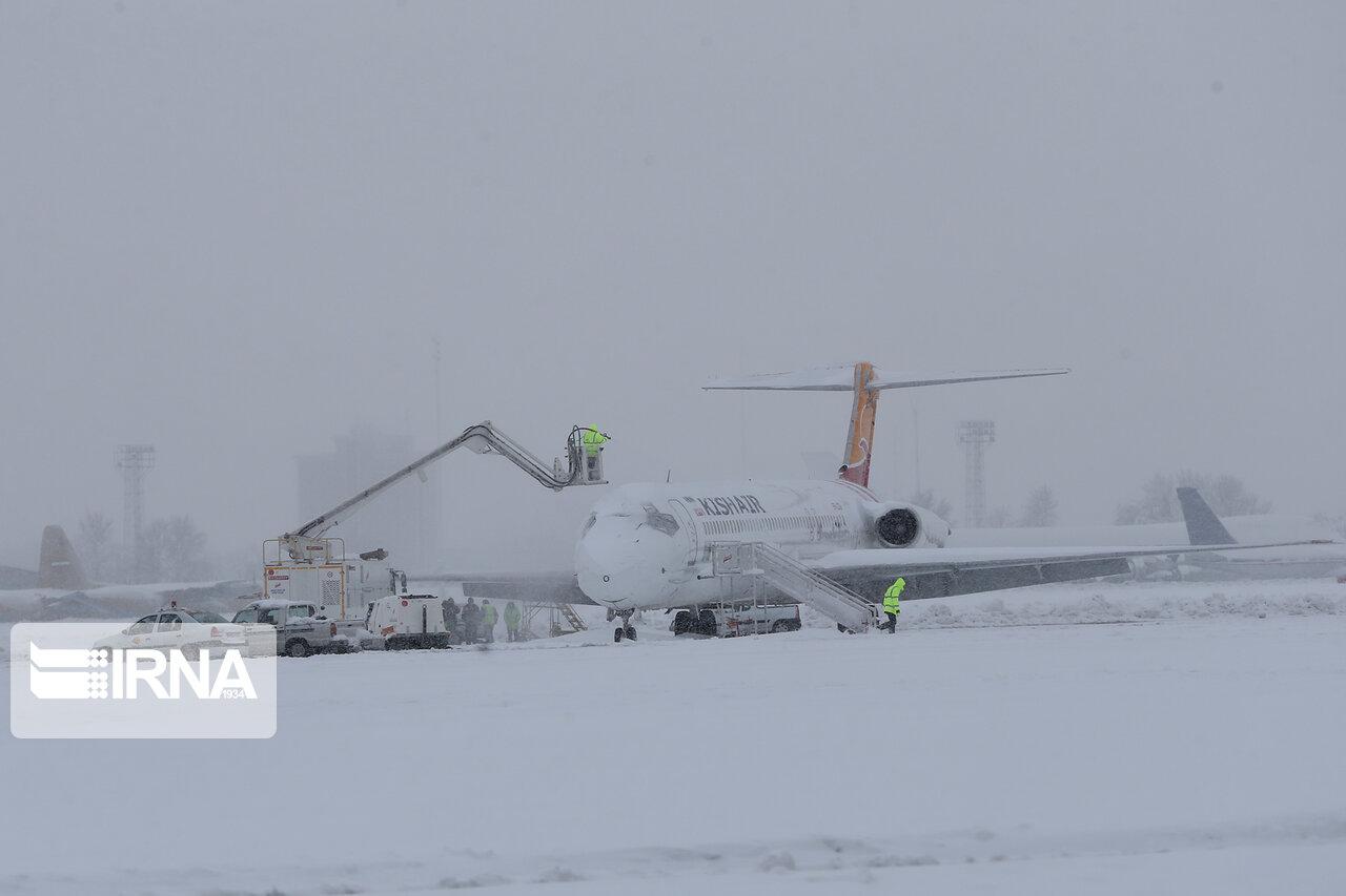 برف-،-تعدادی-از-پروازهای-فرودگاه-های-مازندران-را-لغو.jpg