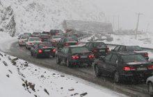 برف و باران جادههای مازندران را پرترافیک کرد