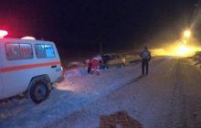 کمکرسانی به ۲۰ خودروی گرفتار در برف و کولاک در محور کیاسر