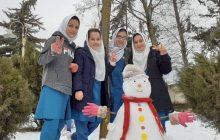 جشنواره آدم برفی در دبیرستان شبانه روزی زینبیه کیاسر برگزار شد + تصاویر