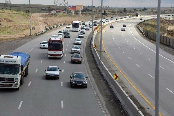 ترافیک نیمه سنگین در راه ها/ هراز و کندوان یکطرفه می شود
