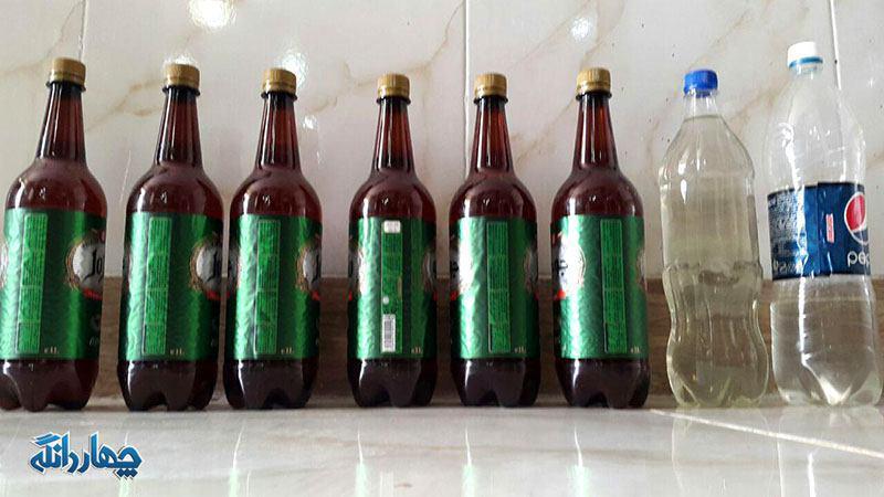 کشف مشروبات الکلی از یک خودرو ماکسیما در جاده کیاسر