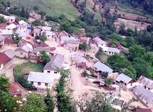 نمایی زیبا از روستای باباکلا دهستان گرماب