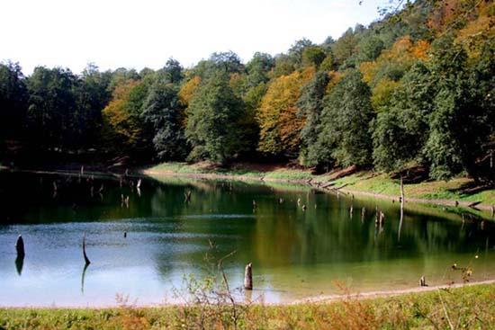 چورت، دریاچهاي که از دل زلزله بیرون آمد