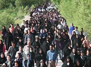 برگزاری همایش بزرگ پیادهروی خانوادگی در کیاسر